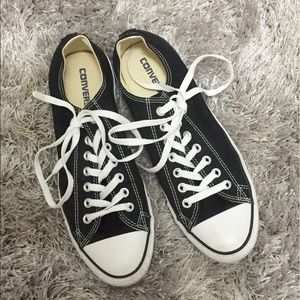 🌟BLACK LOW TOP CONVERSE ALL STAR 🌟